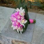 Νυφική Ανθοδέσμη Φούξια με Ορχιδέες, Τριαντάφυλλα και Χρυσάνθεμα εισαγωγής